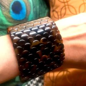 RARE VINTAGE WIDE FRENCH LUCITE HORN BRACELET CUFF